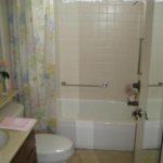 32134 - master bathroom